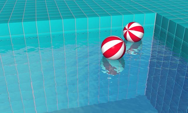 Balóny v bazénu.jpg